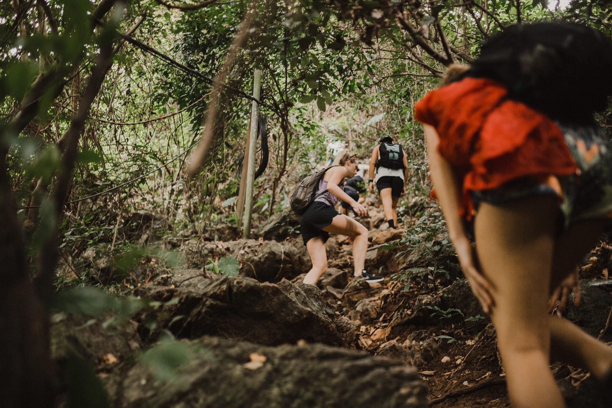 hikinginvietnamgirl2.jpg