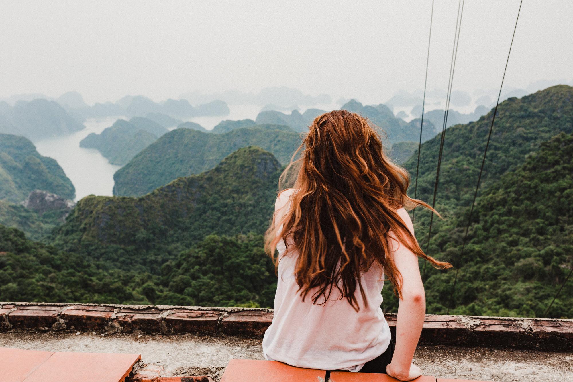travelgirlinvietnamcatbahalongbay.jpg
