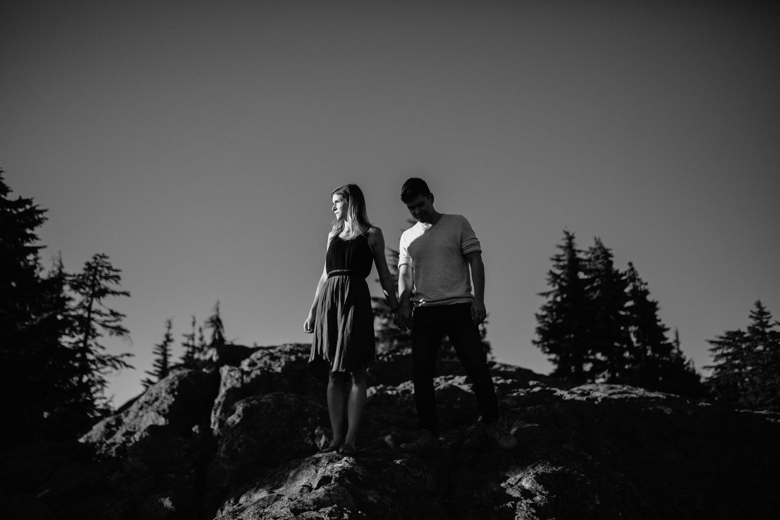 brennalouisephotography-hikingadventureweddingphotography