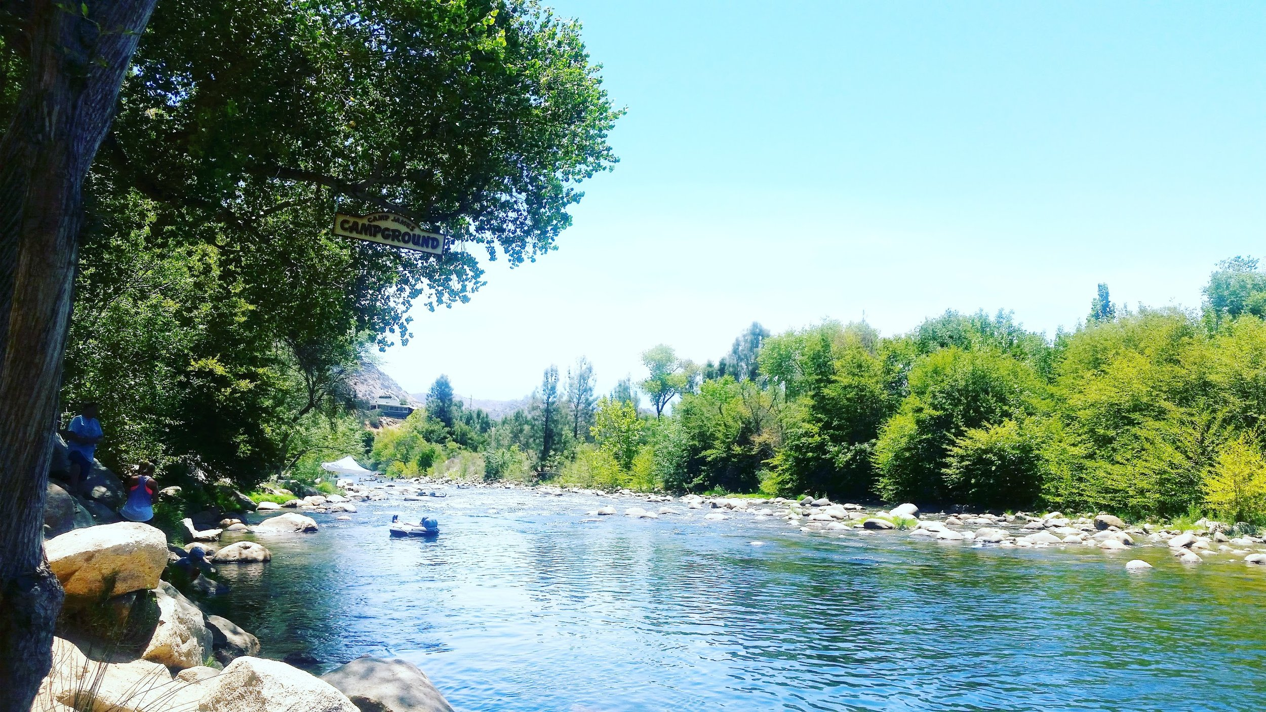 Tubing on the Kern River