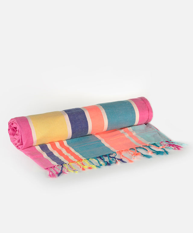 Oysho towel.jpg