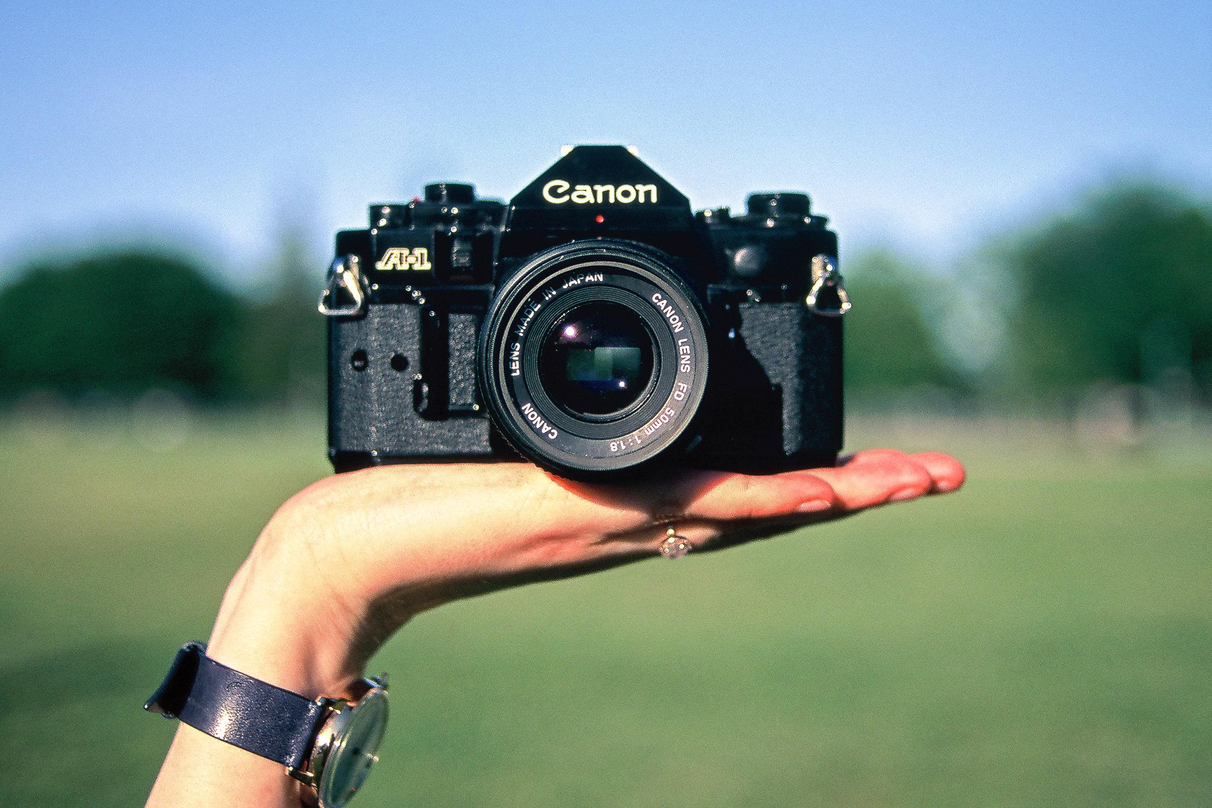 Canon-AE-1-Black-Phillip-Tang-Kit-1.jpg