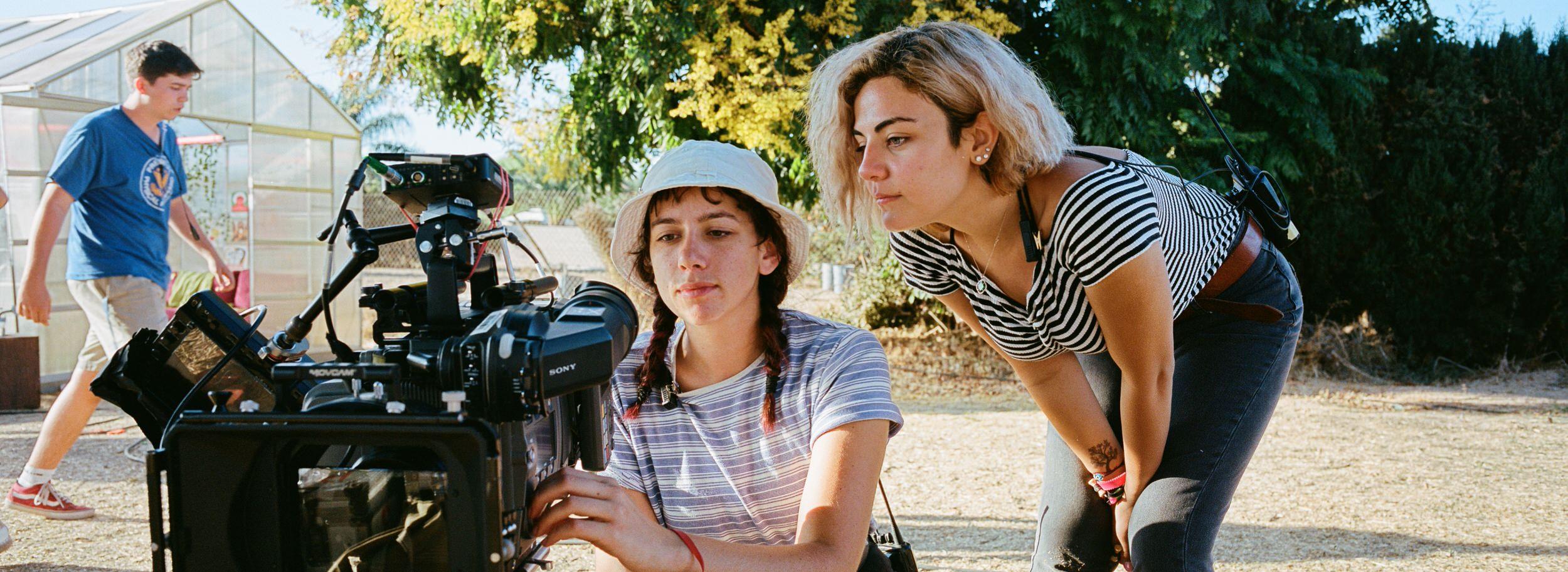 film-objektiv-Kodak-400-panoramic-xpan-2500x913-2.jpg