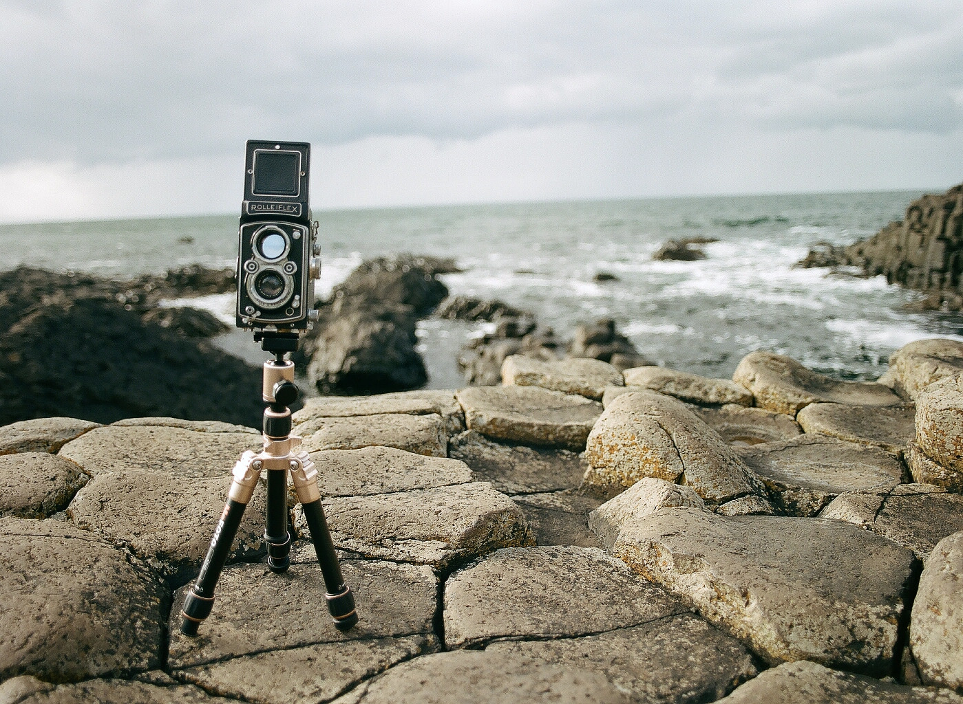 brian-petrillo-mamiya-m645-medium-format-film-camera-film-objektiv-100-words-1.jpeg