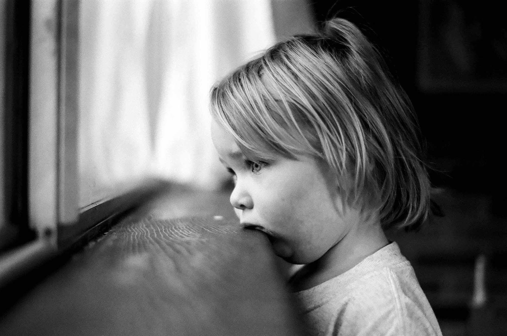 brandon-lovejoy-nikon-f5-35mm-film-camera-film-objektiv-100-words-12.jpg