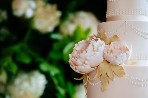 Wedding cake flower detail.JPG