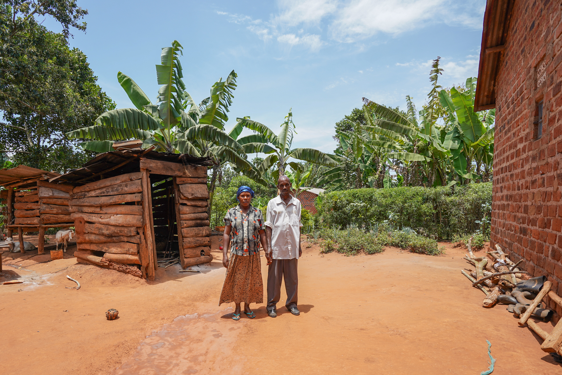 Margaret and Taddeo outside of their home. The building on the left is where Margaret cooks the family's meals
