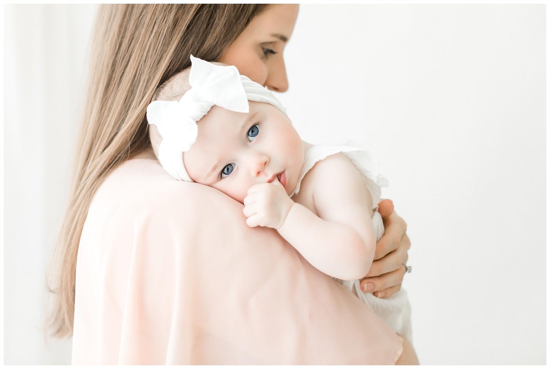 01. Dedicated to Luxury Motherhood Portraiture