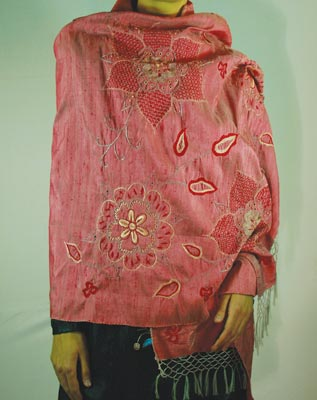 Shawl_Red400.jpg