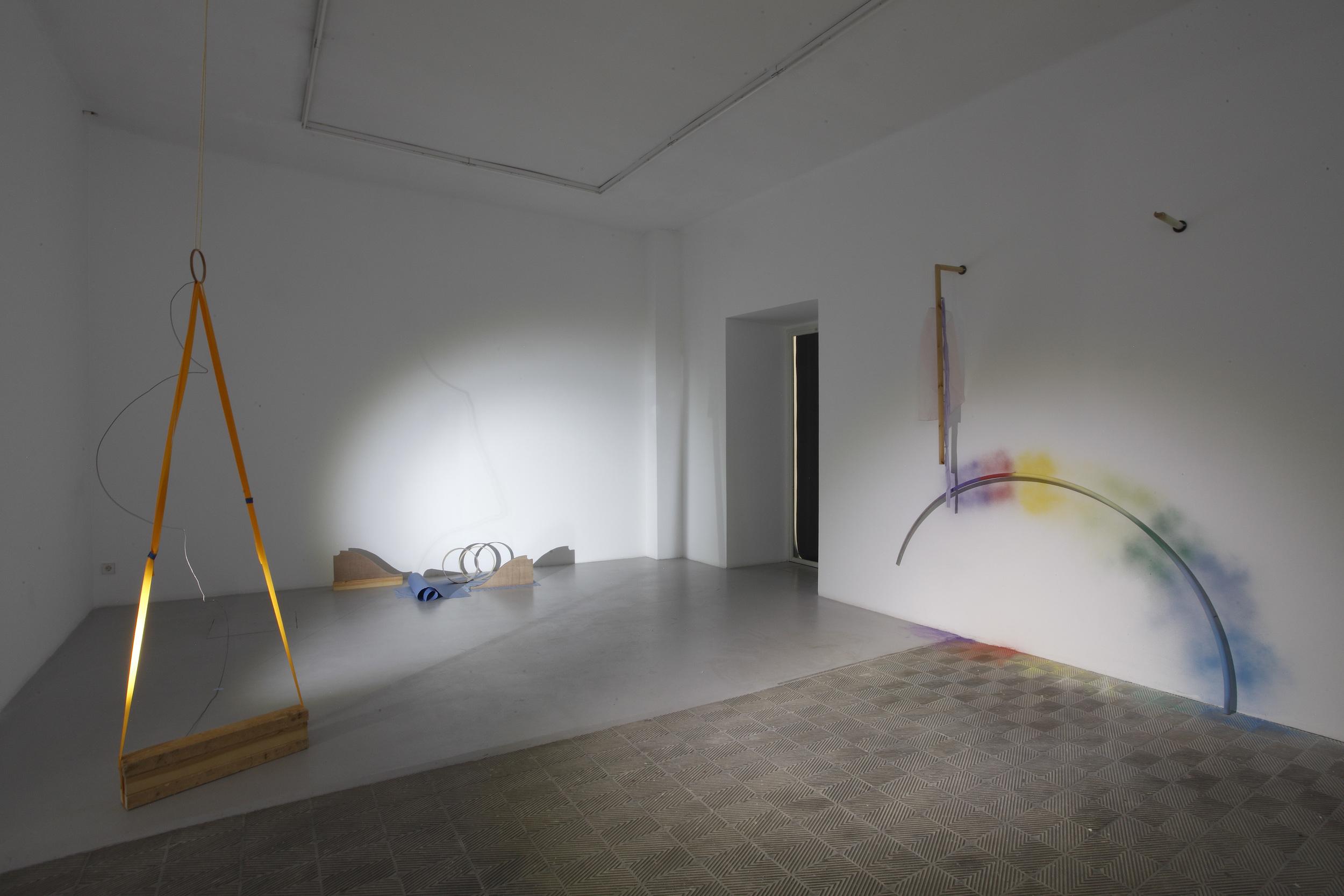 Limbs Describe Curves , 2015. Installation Shots: Marta Cervera Gallery, Madrid, Spain (September 2015).