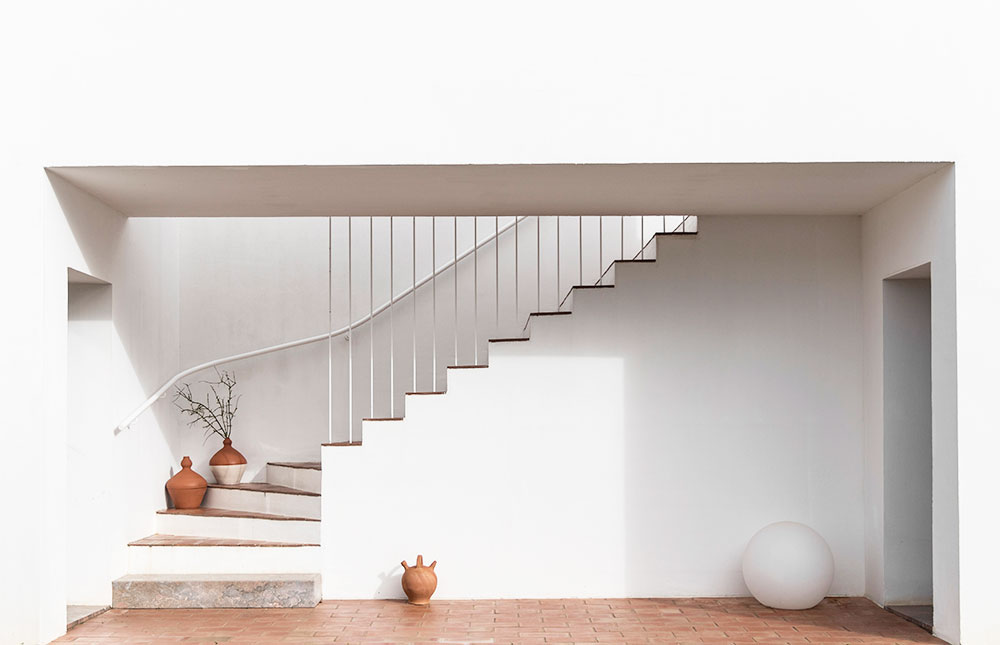 Sunday-Sanctuary-Architecture-Portugal-Olhao-Algave-Casa-Modesta-Oracle-Fox-Amanda-Shadforth-1.jpg
