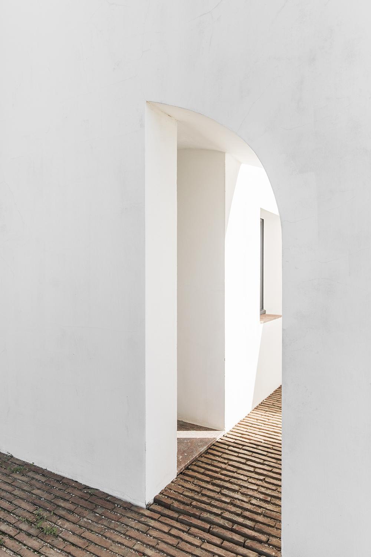Sunday-Sanctuary-Architecture-Portugal-Olhao-Algave-Casa-Modesta-Oracle-Fox-Amanda-Shadforth-2.jpg