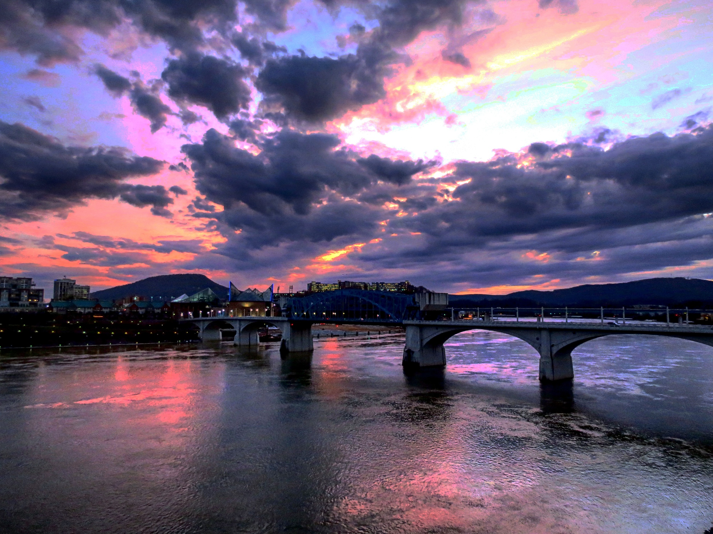The Tennessee River in downtown Chattanooga courtesy of   Tony Fox