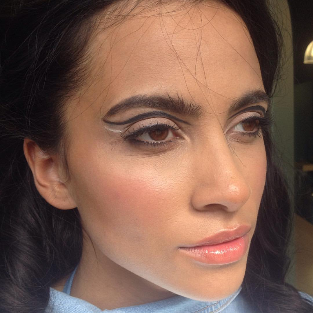 jess-summer89 :     Yesterdays liner look on the stunning @sydonniecousins inspired by the #chanel #ss16 #hc16 look using @maccosmetics   #behindthescenes #makeup #makeupartist #makeupartistsworldwide #photoshoot #brows #graphicliner #eyeliner #beauty #fashion #chanelmakeup #closeup #nofilter