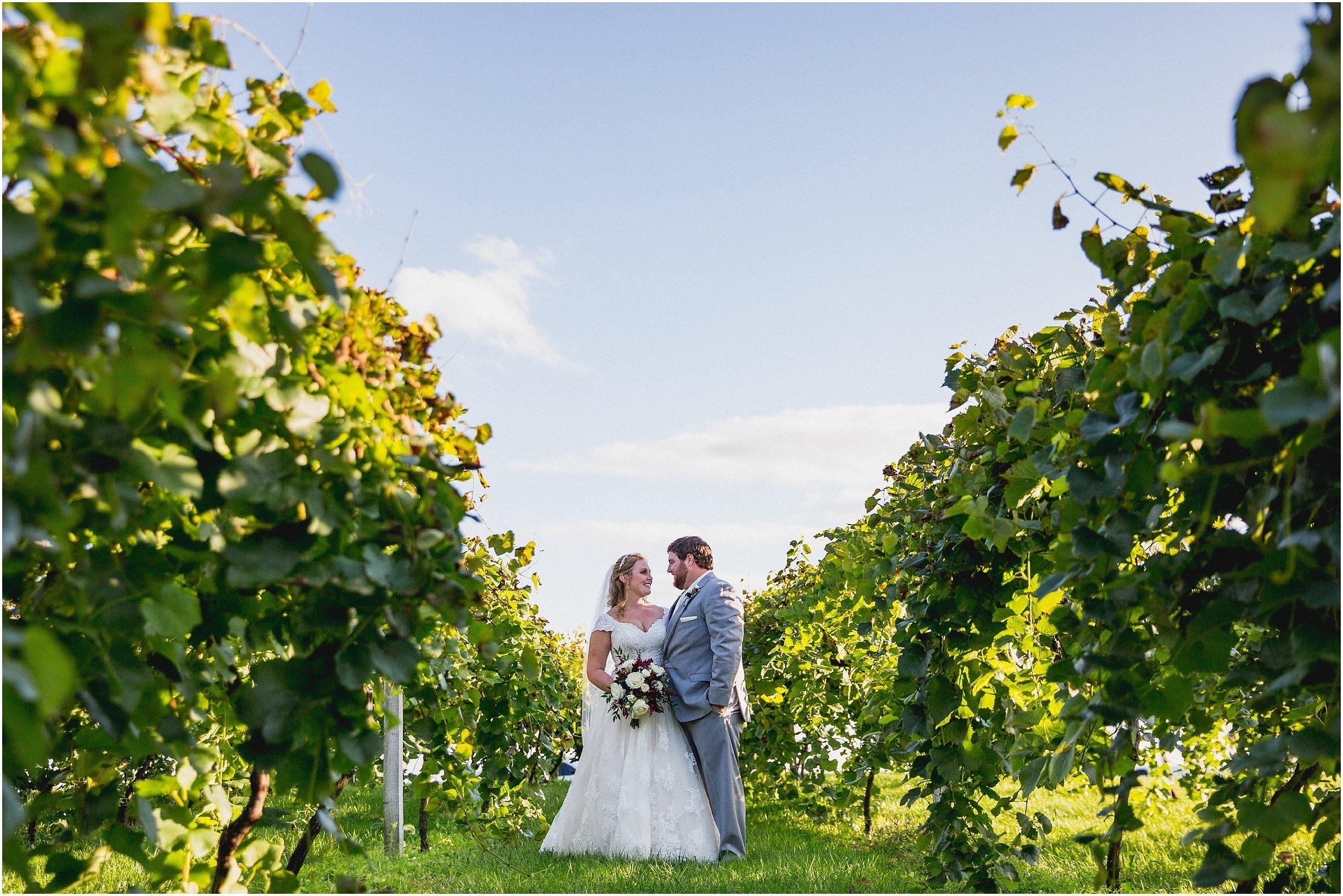Whispering_Oaks_ Wedding_0209.jpg