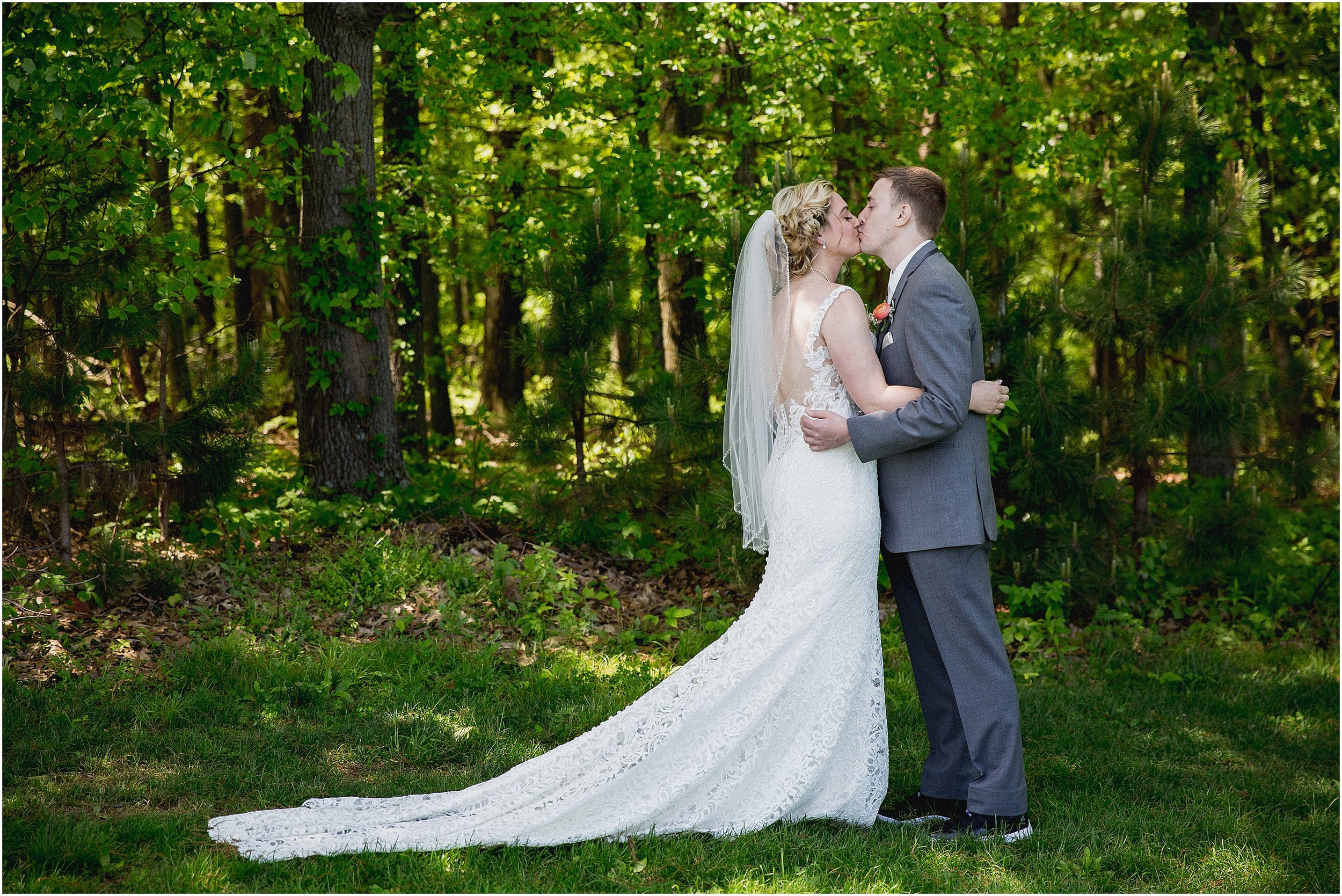 Whispering_Oaks_Wedding_Photographer_0437.jpg