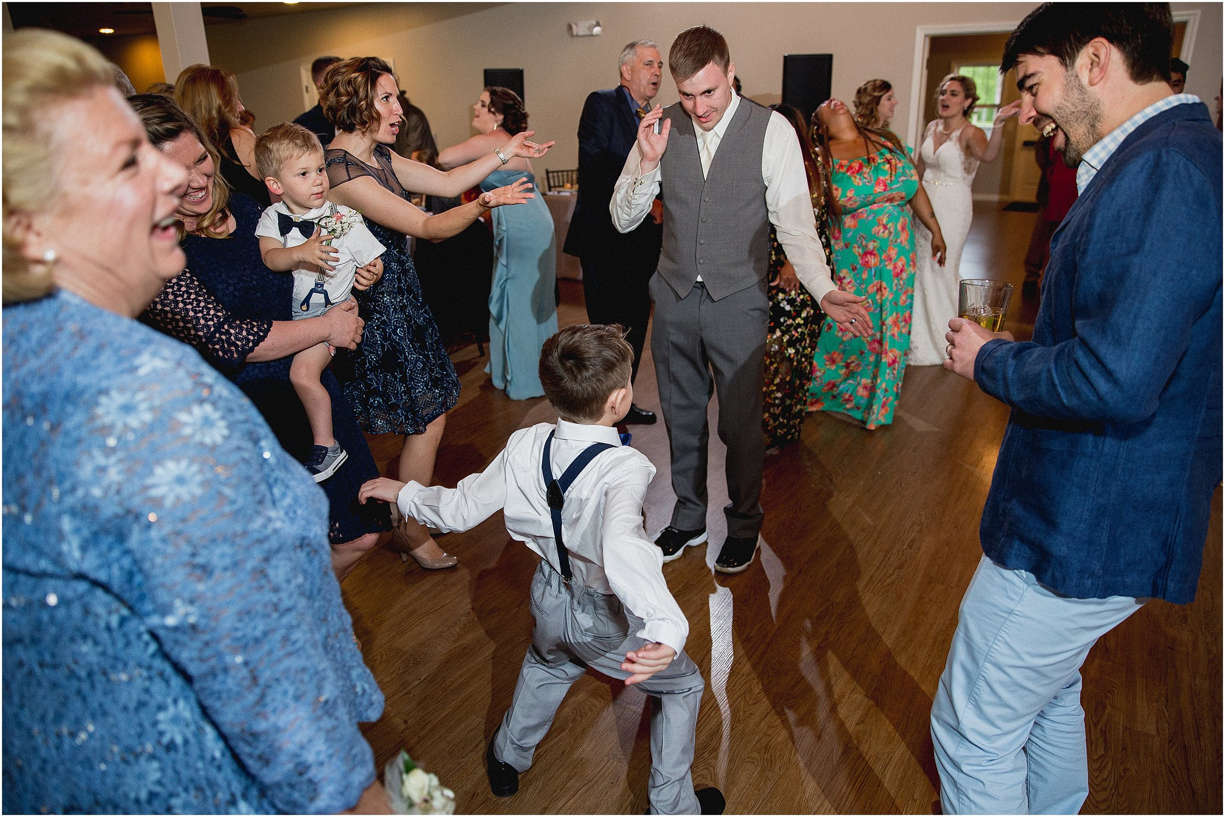 Whispering_Oaks_Wedding_Photographer_0486.jpg