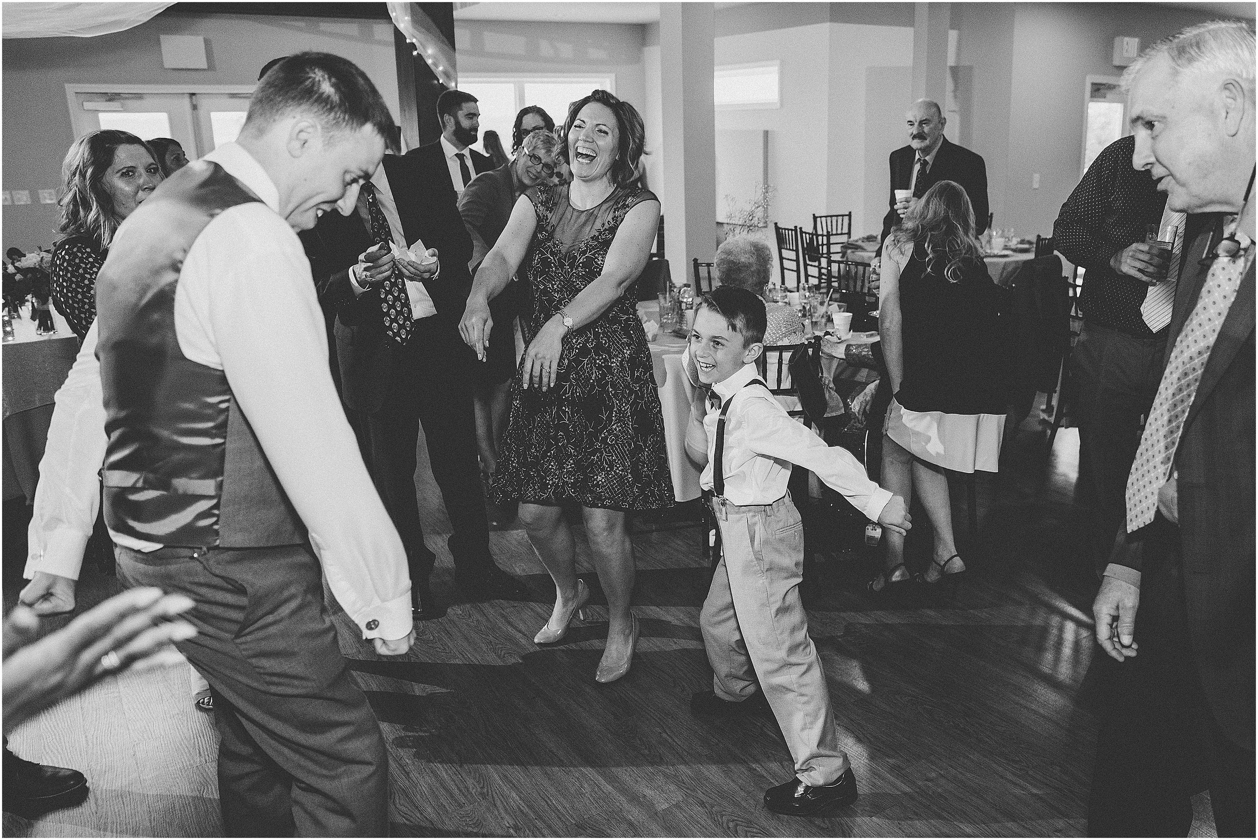 Whispering_Oaks_Wedding_Photographer_0485.jpg