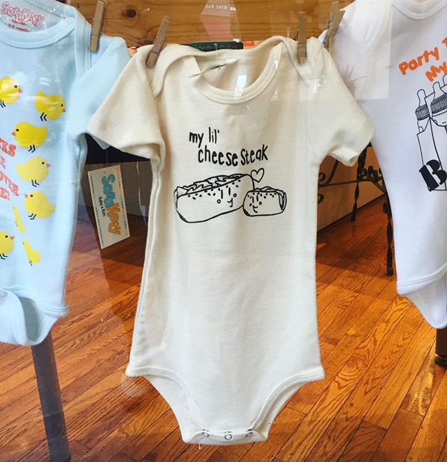 Just in time for the holiday weekend, @paperonpine is restocked with #cheesesteak one-pieces & toddler tees!! Have a great #laborday everyone!! #bonbonbabyapparel #bonbonbaby #baby #paperonpine