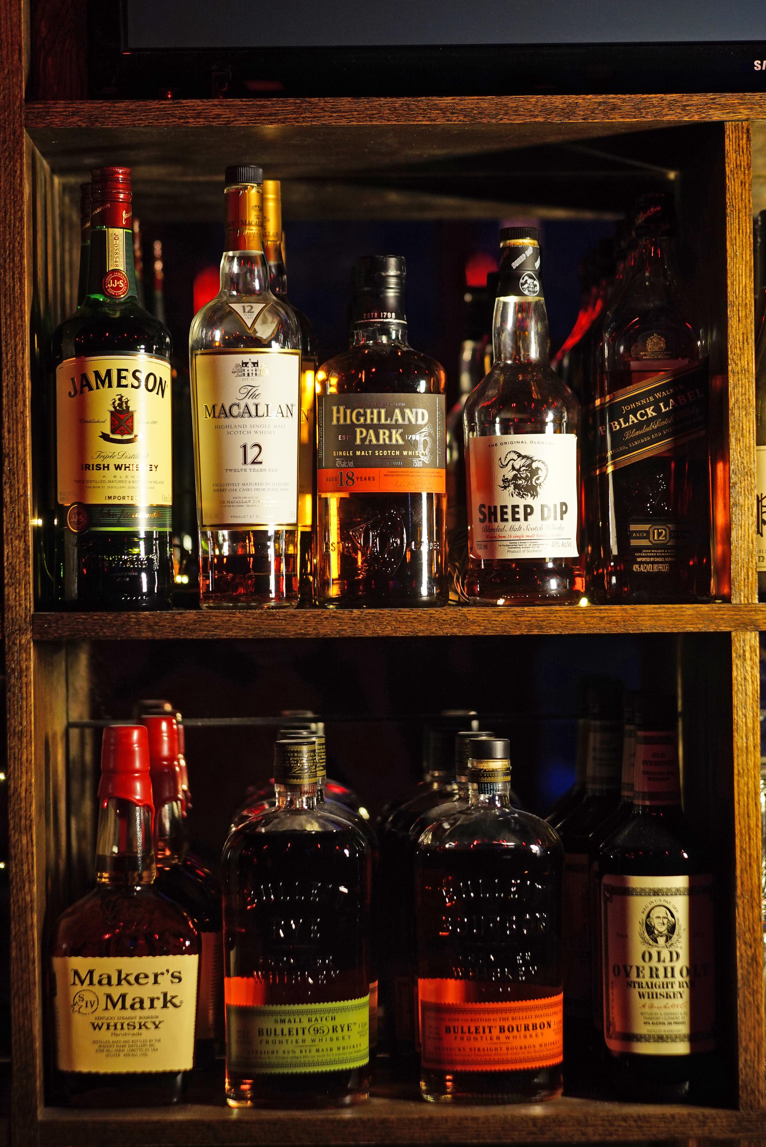 018, The Hideaway Seaport Restaurant and Bar.jpg