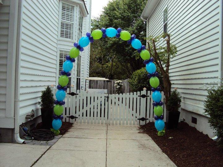 link arch driveway.jpg