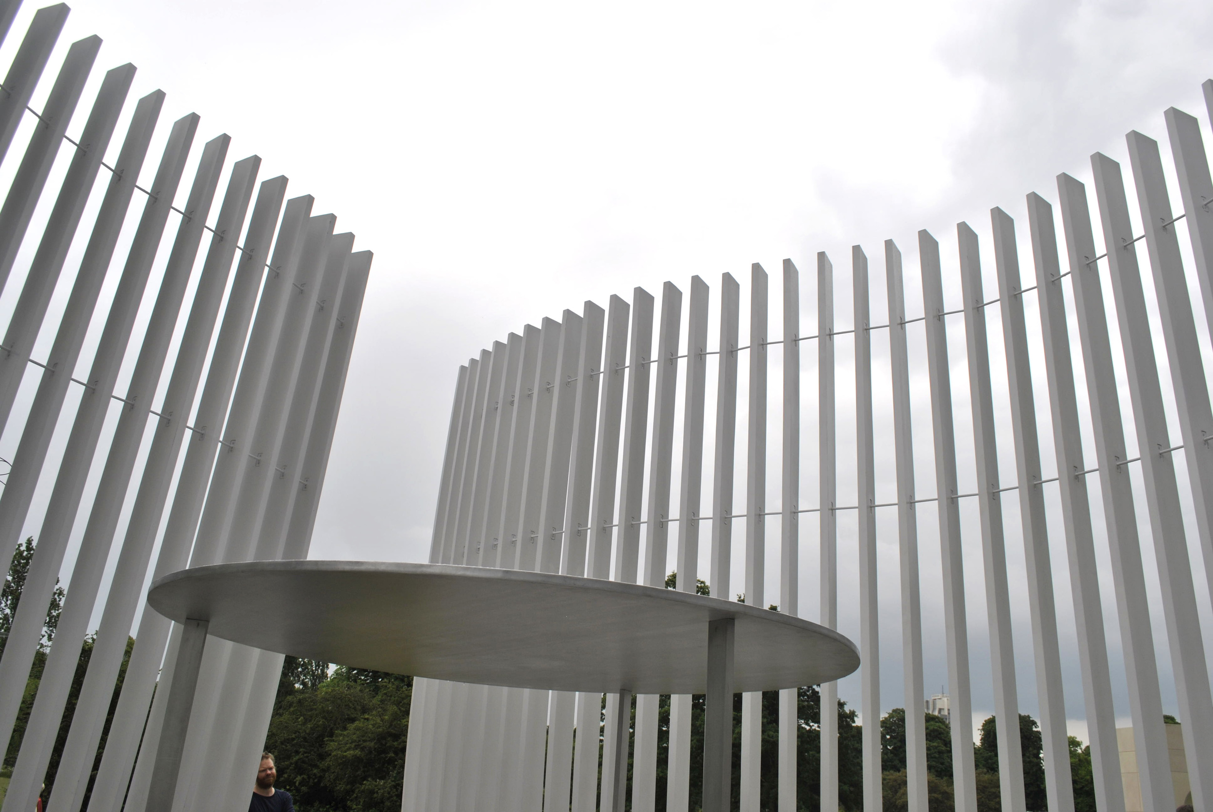 ©Detail Movement - Serpentine Gallery Summer House Asif Khan - towards the sky
