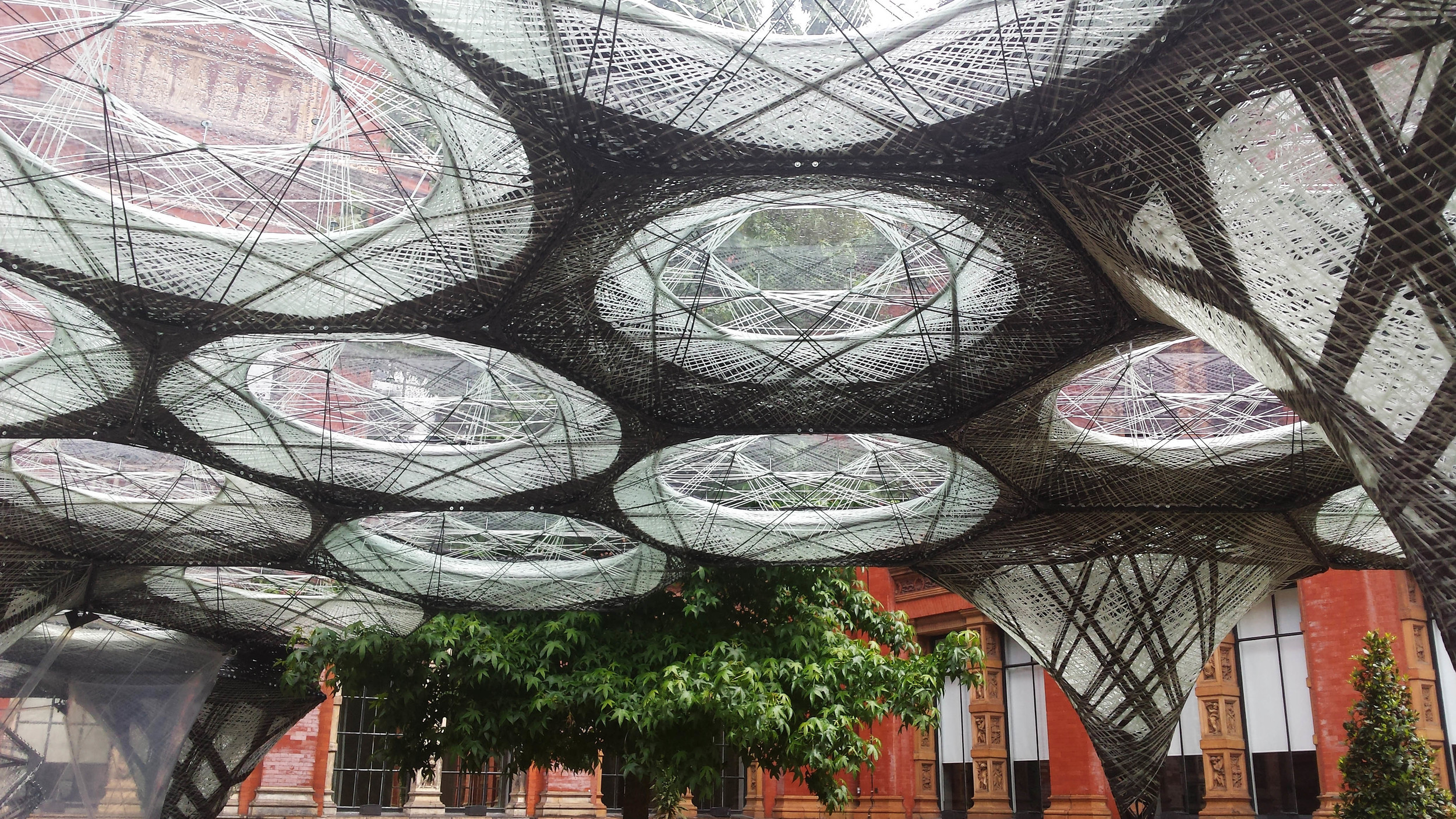 Elytra Filament Pavilion installation - V&A. picture by ©Detail Movement