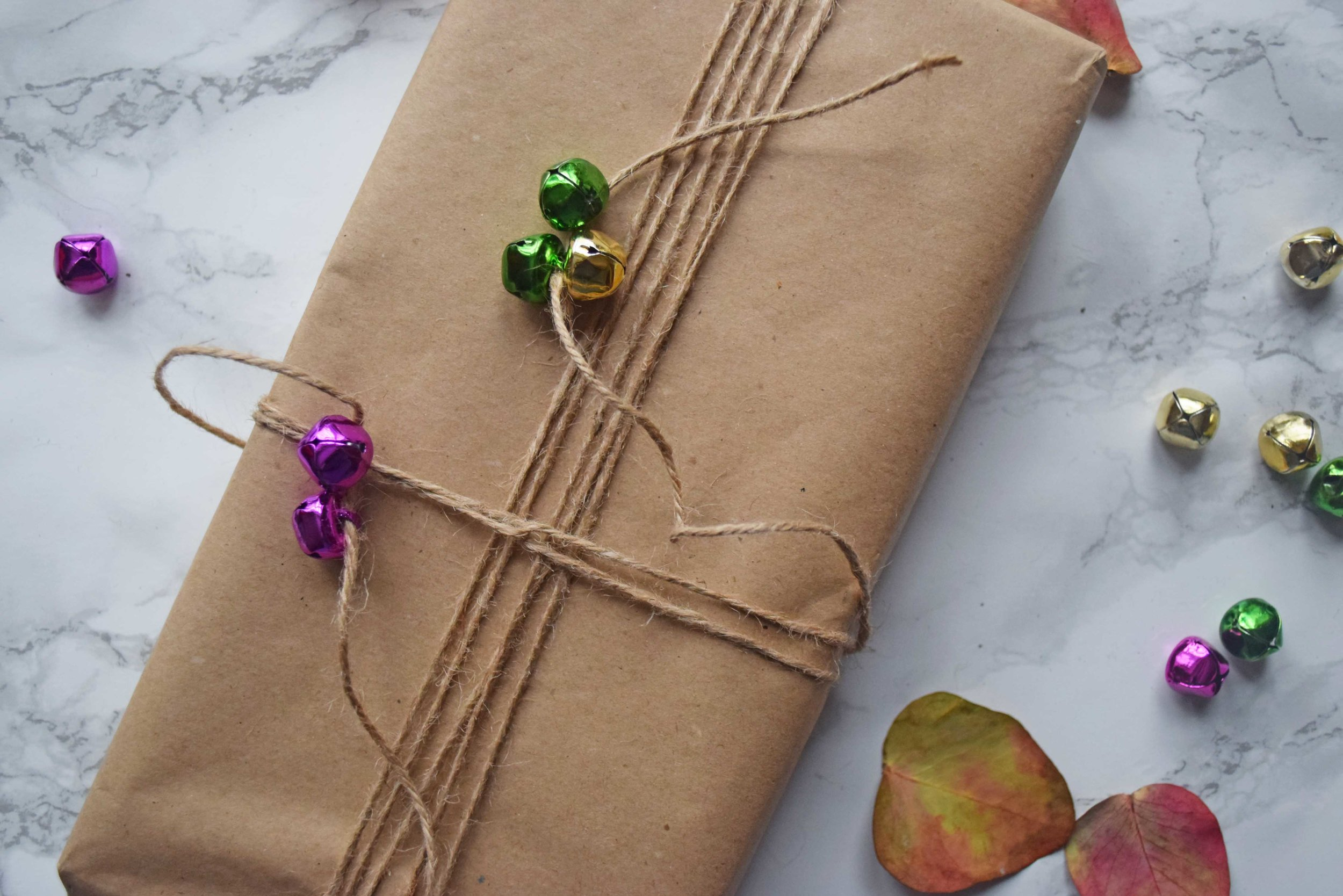 3 ways to gift wrap your presents this Christmas - ©Detail Movement