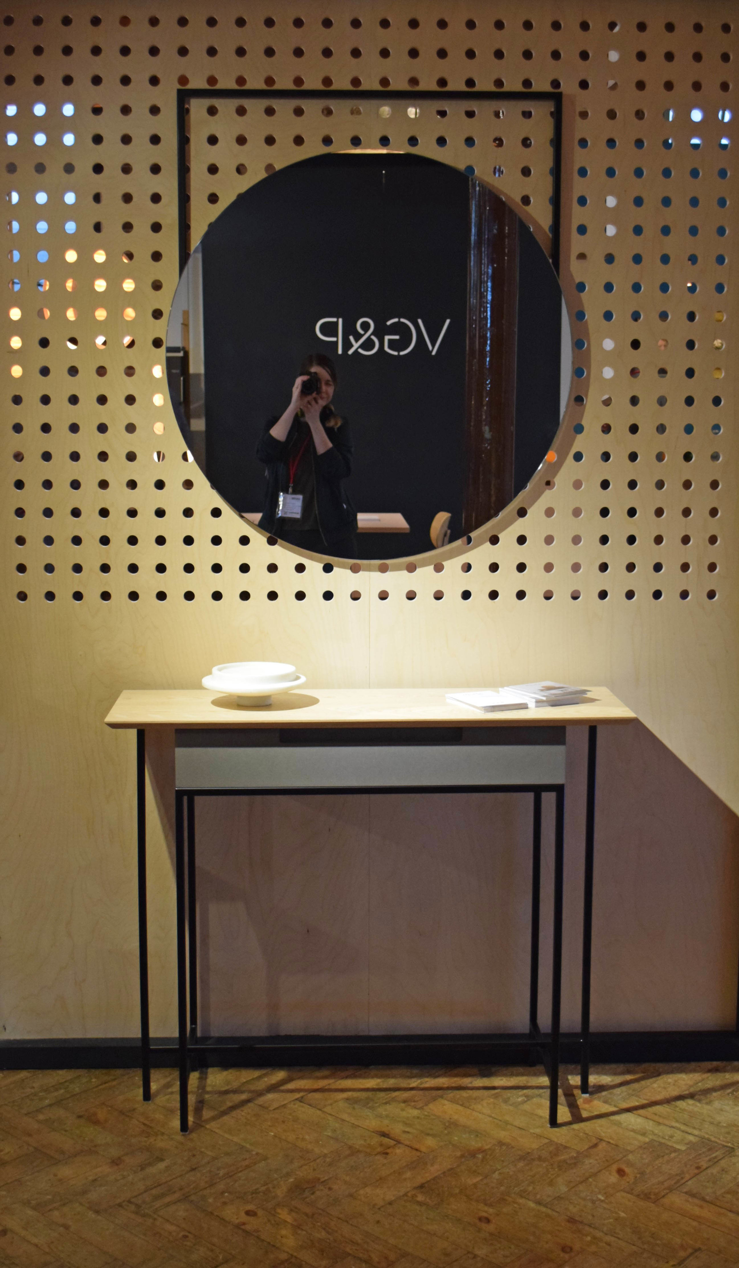 Mirror and table by MannMade London ©Detail Movement