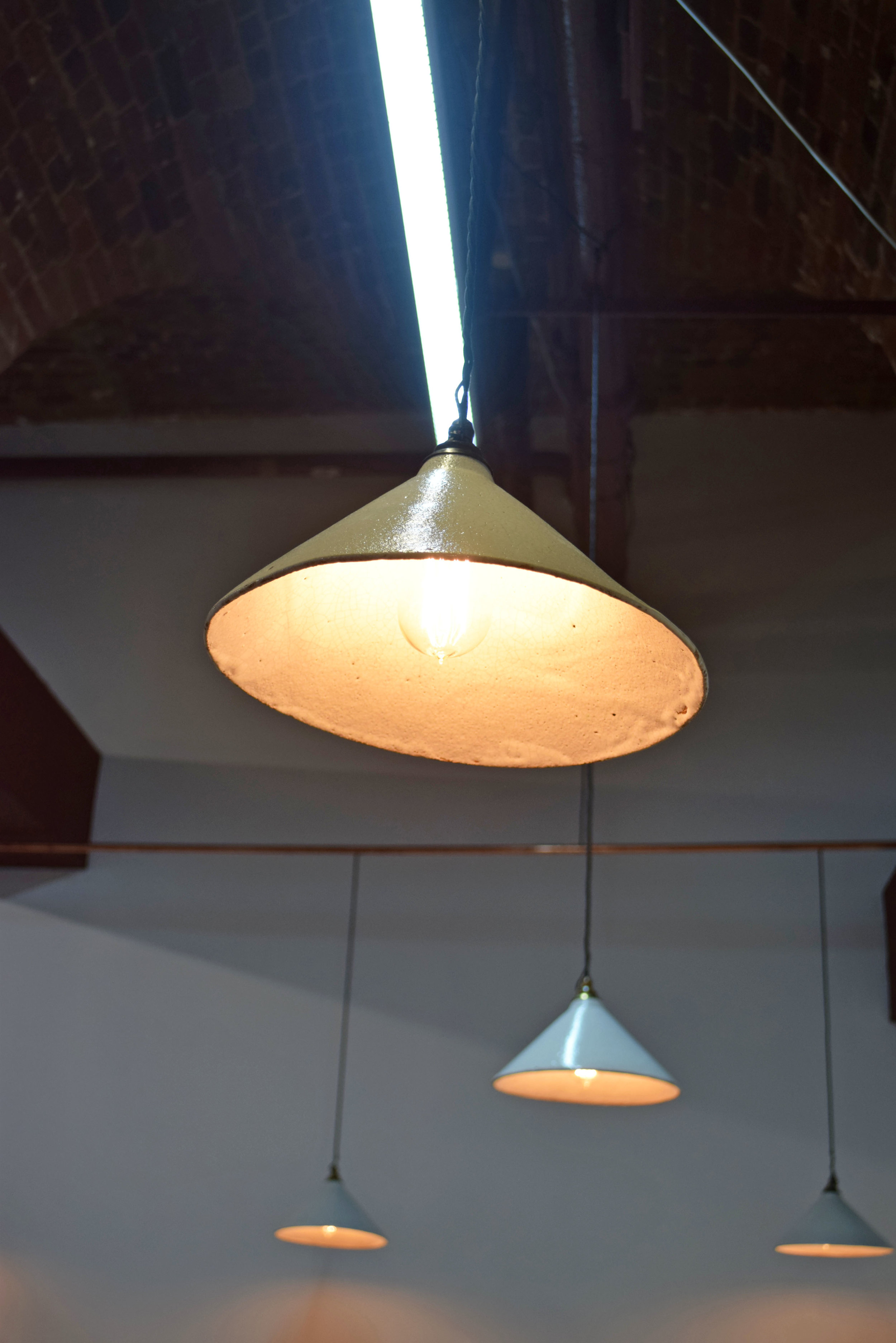 DeVOL Kitchens Ceramic Pendant Light ©Detail Movement