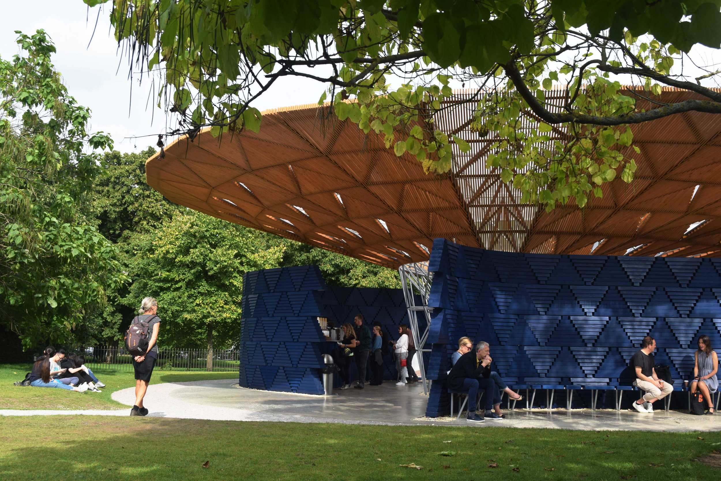 Serpentine Pavilion ©Detail Movement 7