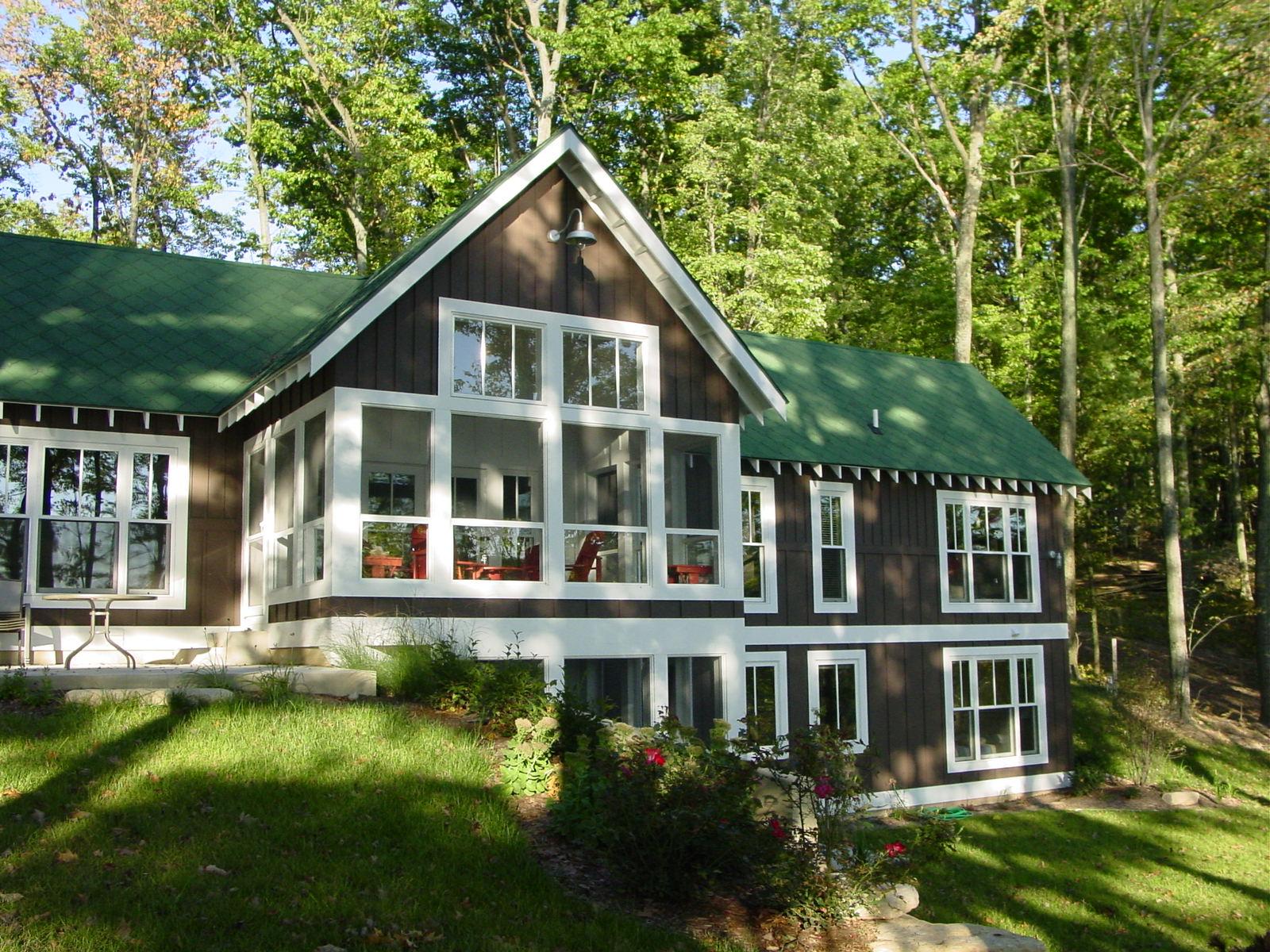 crowley cottage 002.jpg
