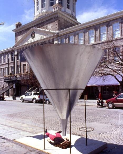 Version originale exposée en 2003 à Montréal (Québec)