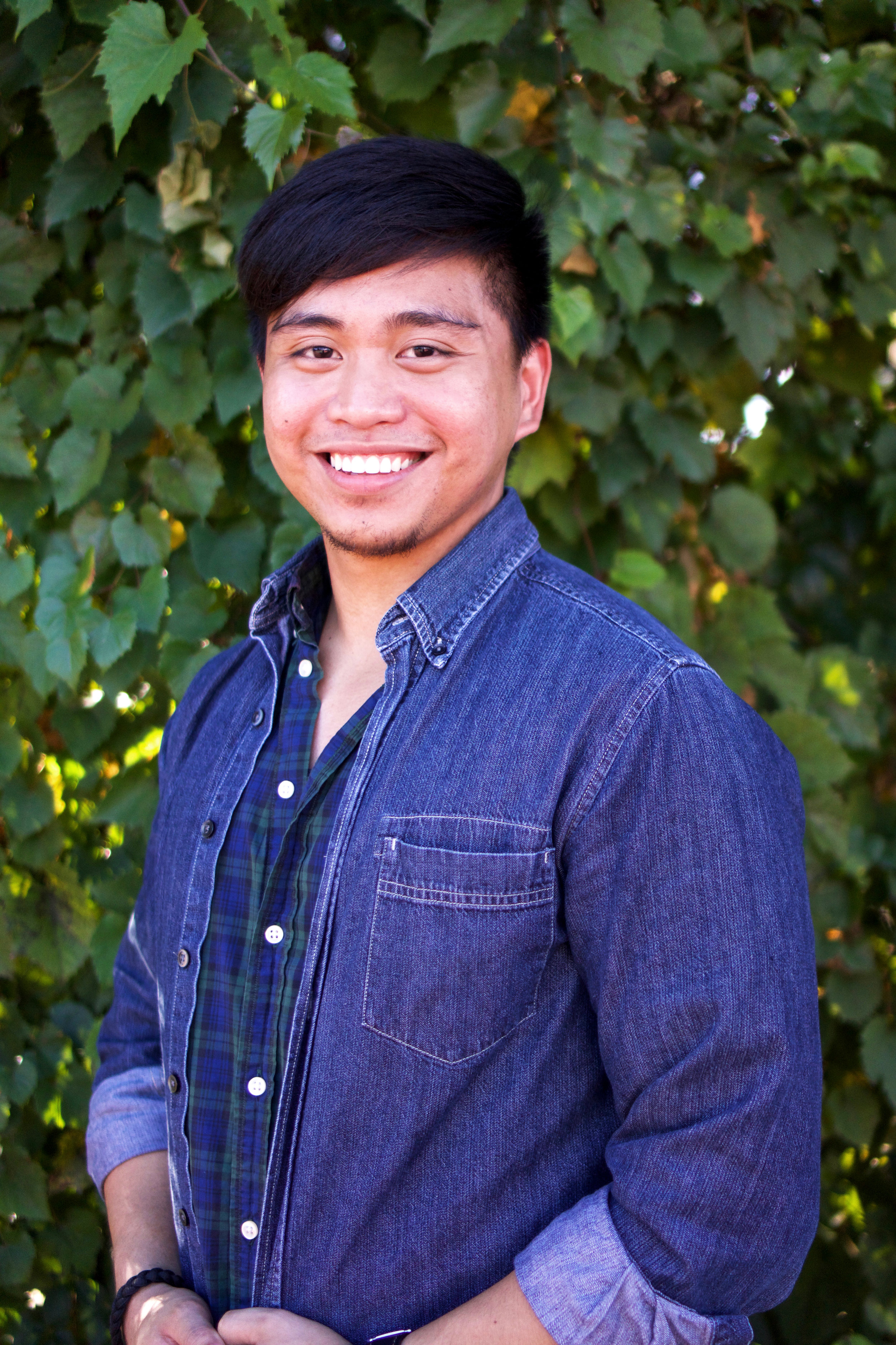 Gabriel Vallangca - Rep   Hello! I'm Gabe from UMCP! When I'm not dying with Computer Science and Asian American Studies, I am usually in the gym trying to look beautiful, pretending to be a rockstar with my guitar, trying to be part of Luffy's crew, or adoring endless videos of cute PUGS!
