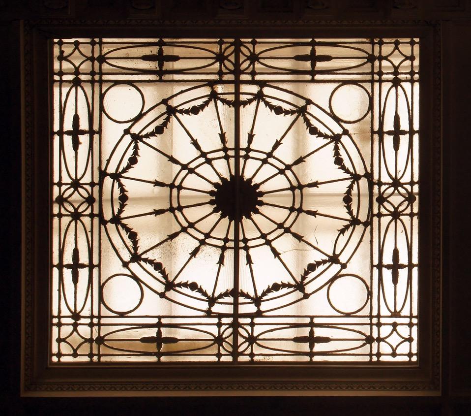 Lay Light 1.jpg