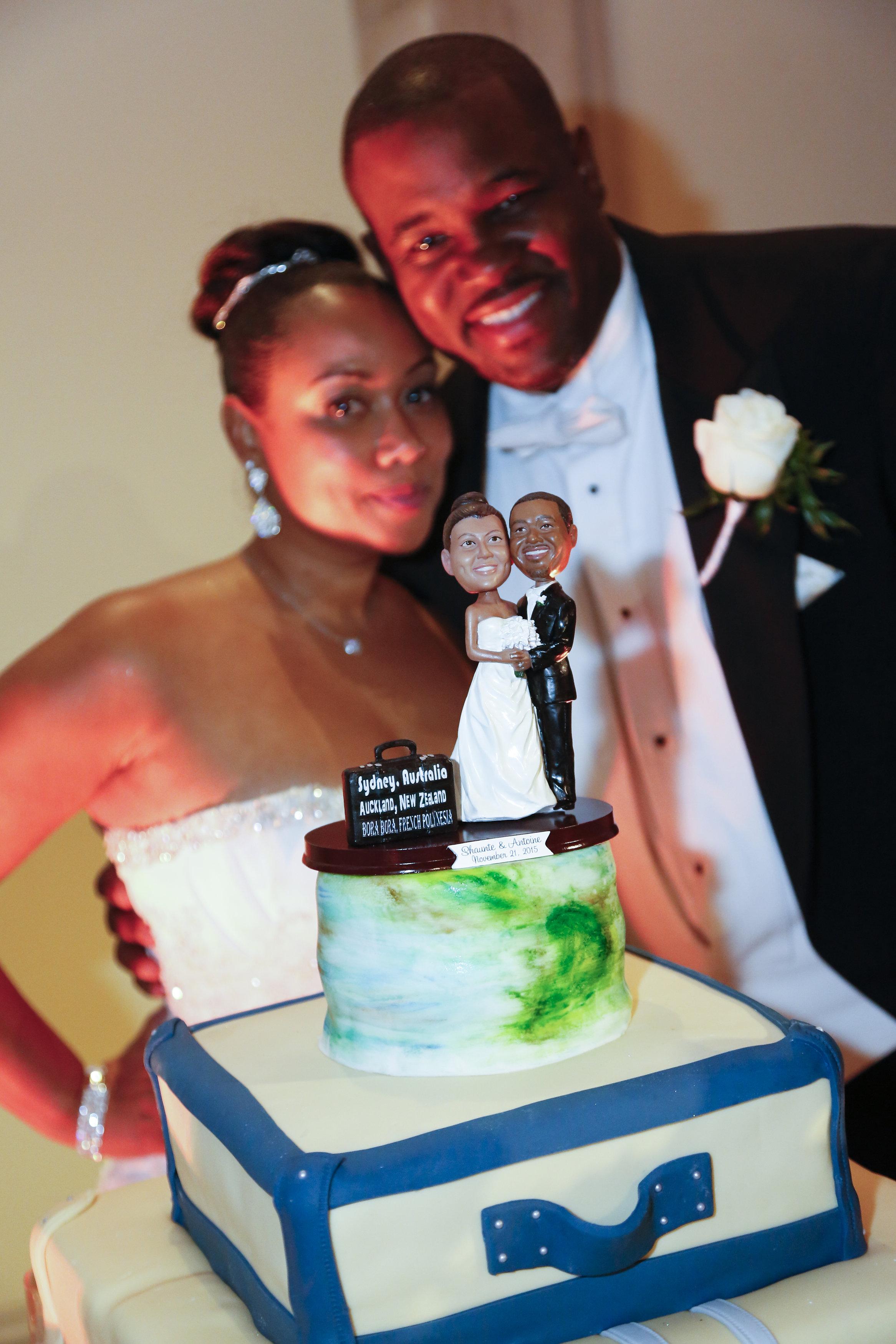 travel themed cake and custom cake topper
