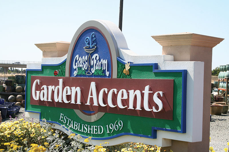 Install_GardenAccents.jpg