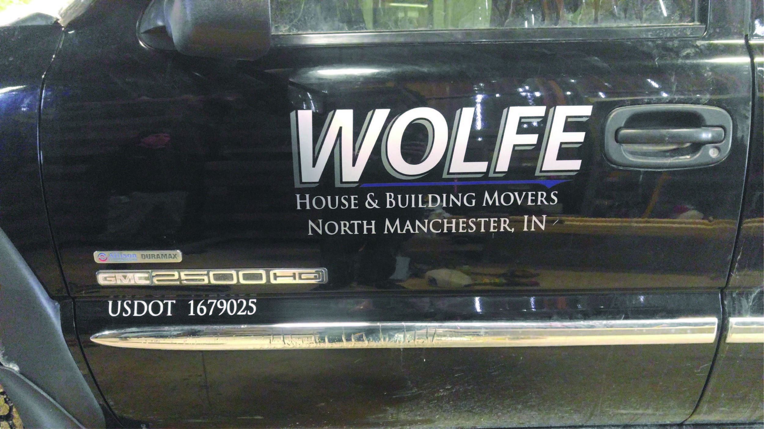 Wolfe House Movers North Manchester Indiana House Moving Company JPG.jpg