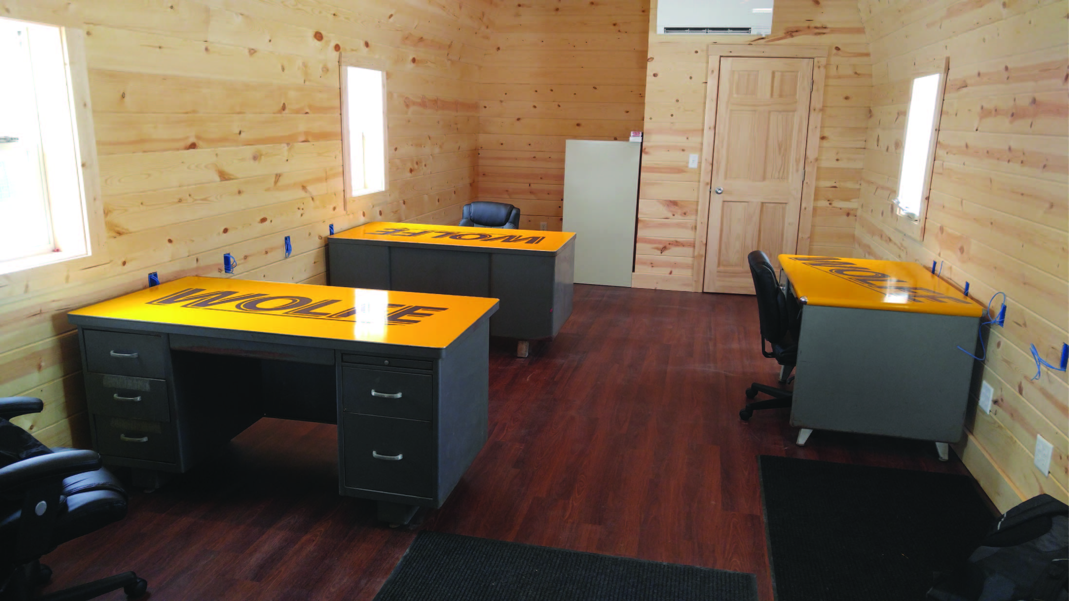 Desk 1 - Wolfe House Movers North Manchester Indiana House Moving Company JPG.jpg