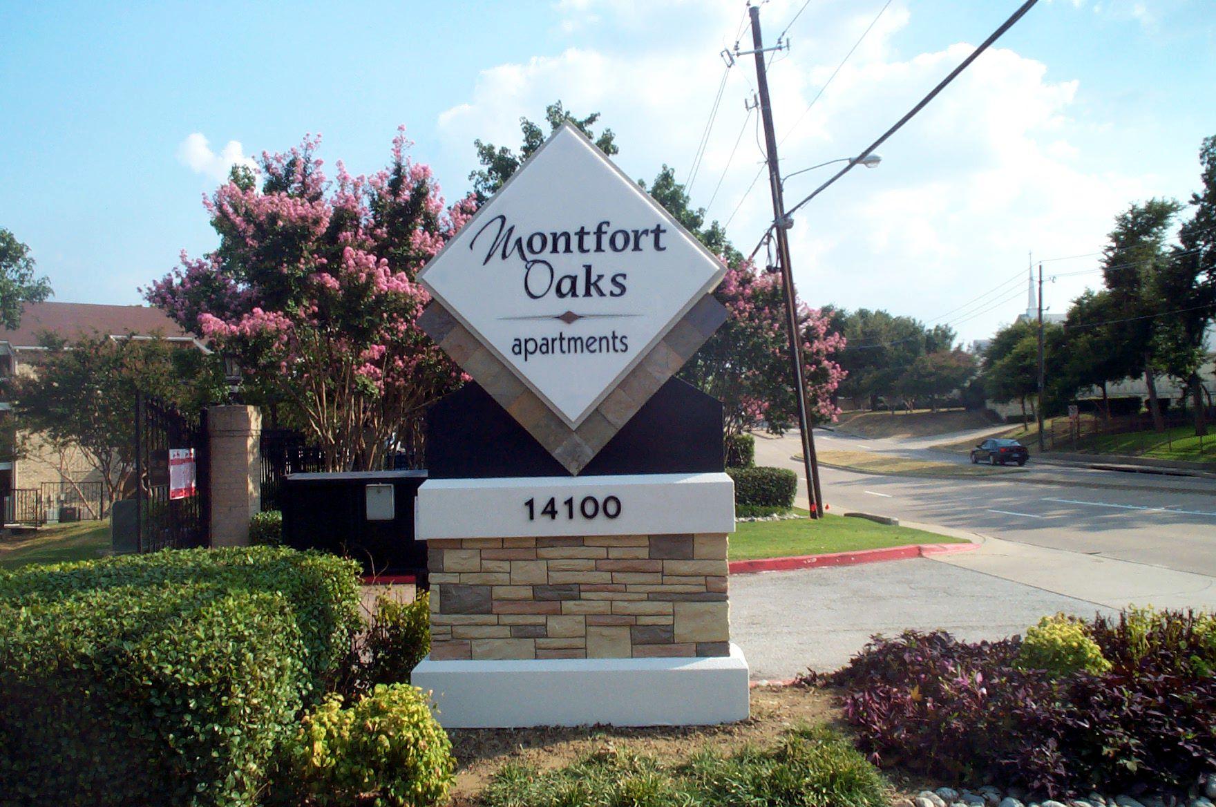 Montford Oaks.jpg