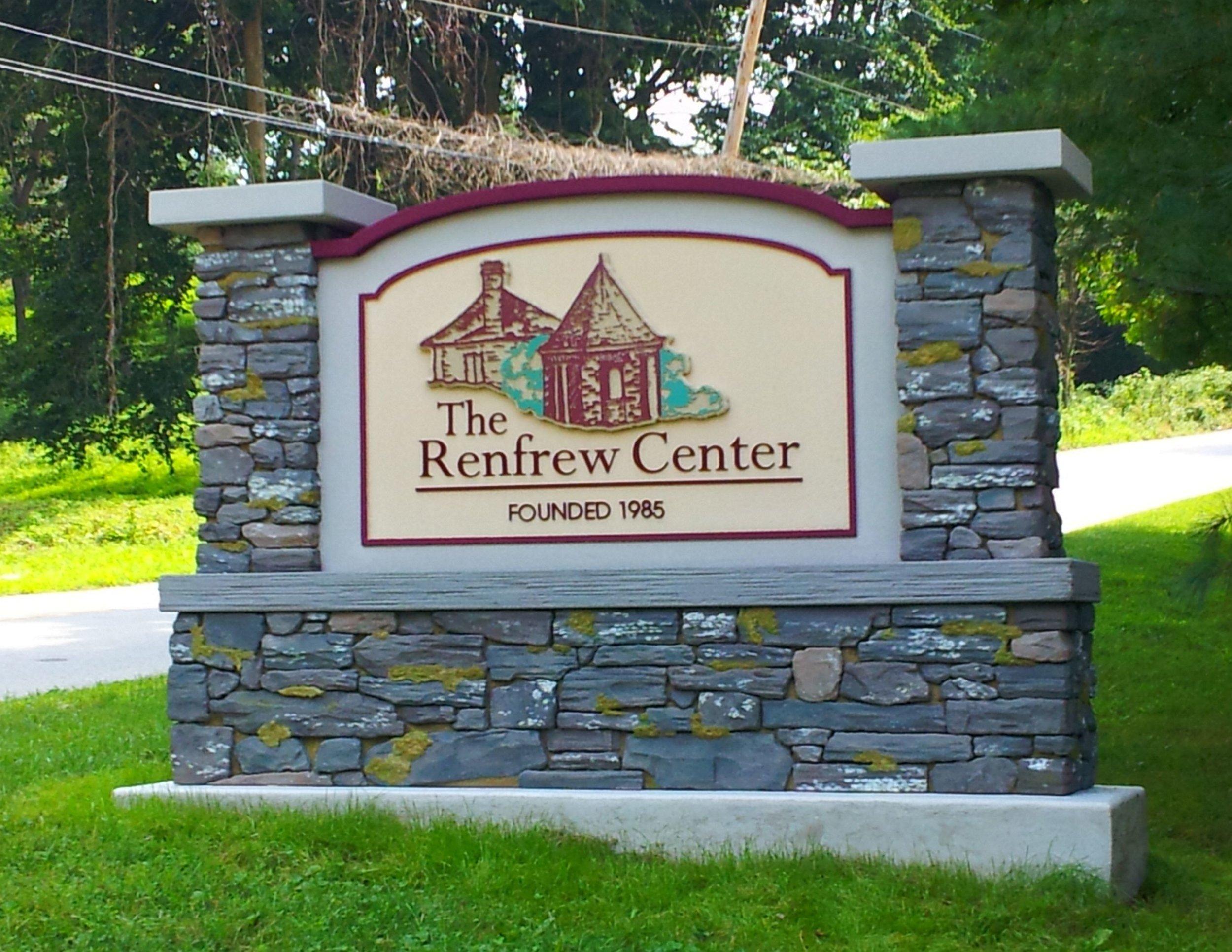 Renfrew Ctr.jpg