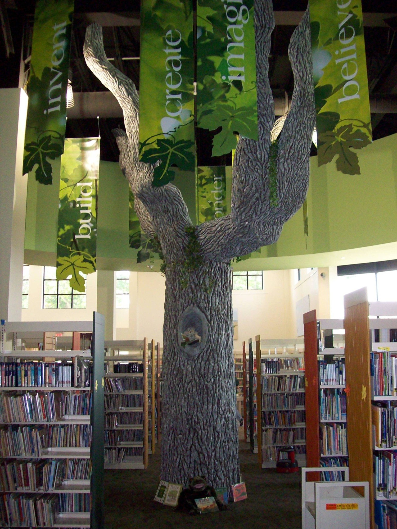 Sayville Library Tree.jpg