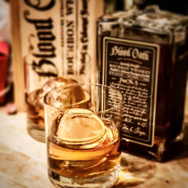 A sad..sad day...this is our last bottle of #bloodoathbourbon #pact3  This is one OUTSTANDING #BOURBON  #ICEBIRG #ICEBALLPRESS #CRAFTICEPRESS #PURUSCLEARICESYSTEM #WHISKEY #WHISKY #USA