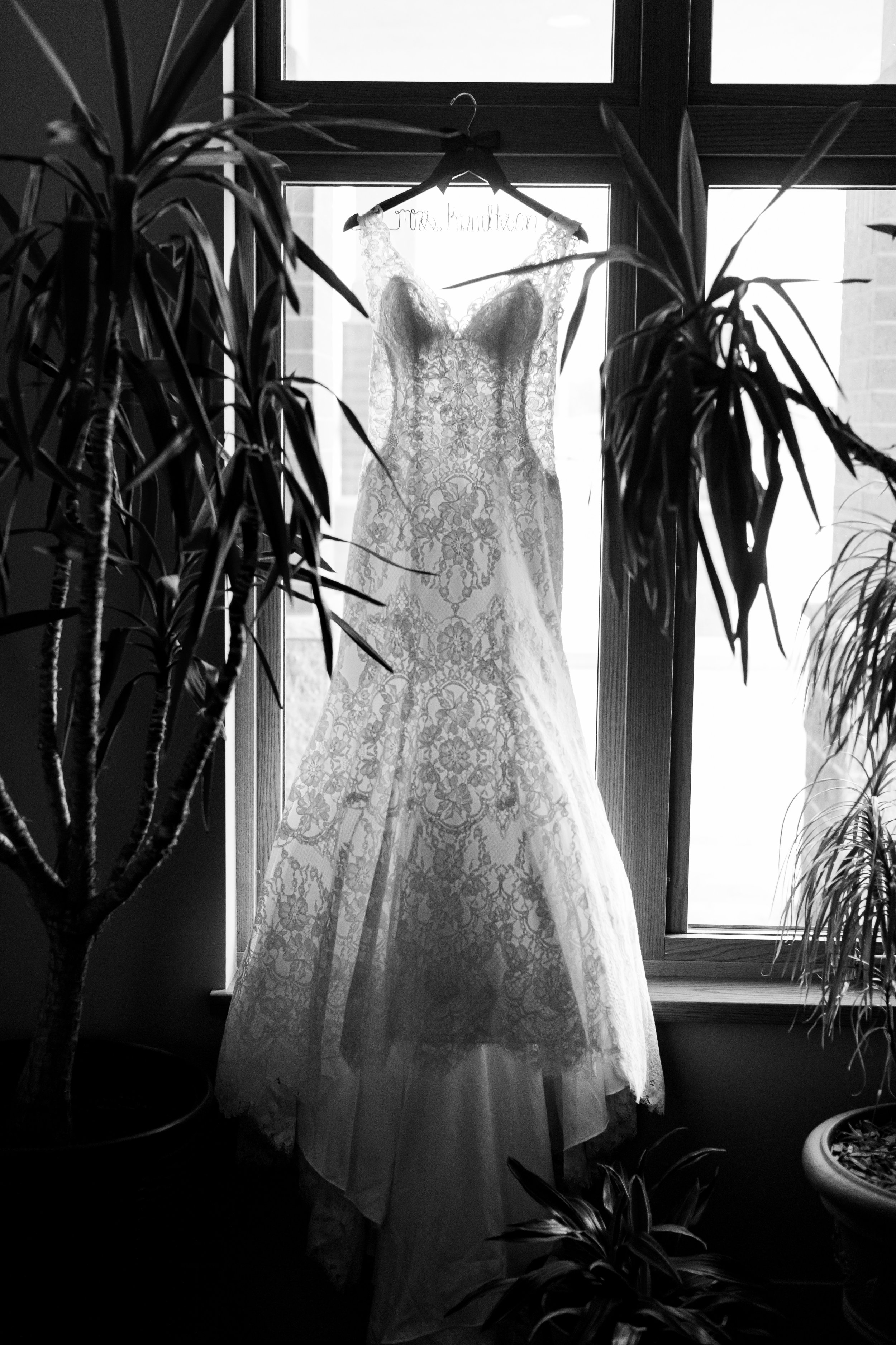 Abigail Berge Photography_KnudtsonWedding-40.jpg