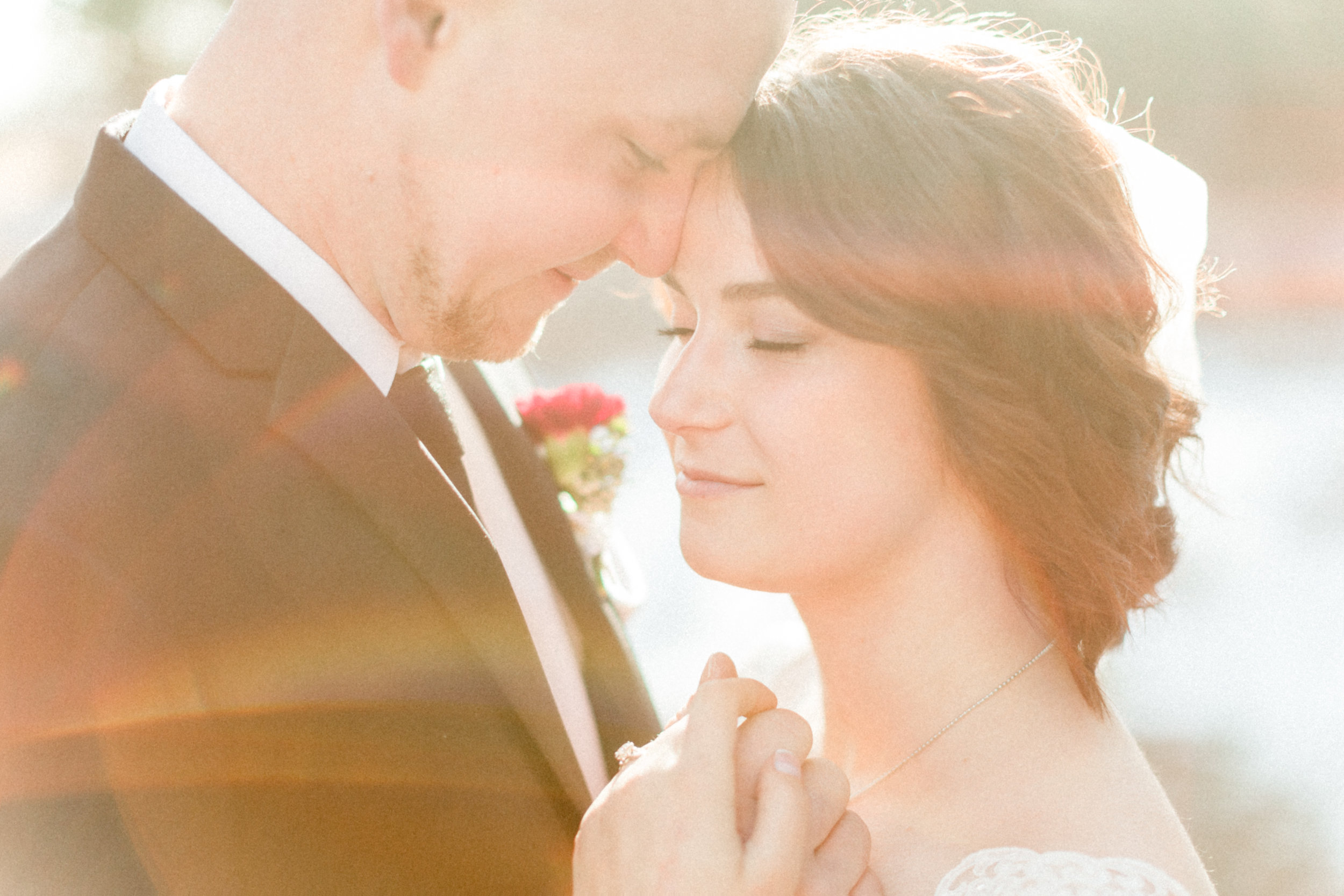Abigail Berge Photography_KnudtsonWedding-206.jpg