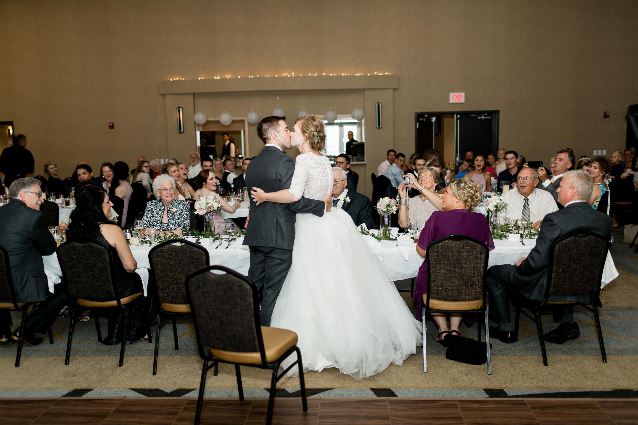Abigail Berge Photography-Fix-Wedding-557.jpg