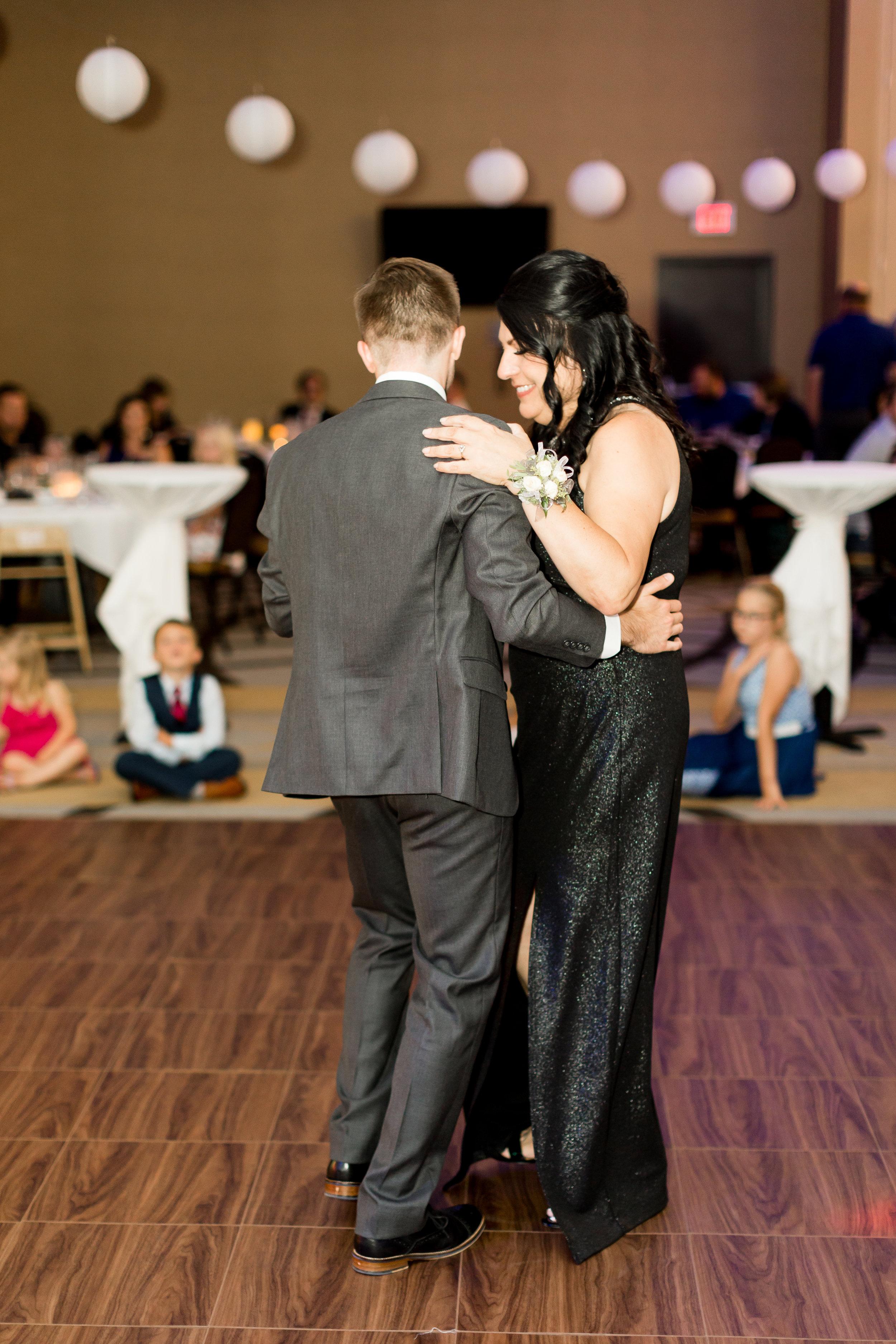 Abigail Berge Photography-Fix-Wedding-663.jpg