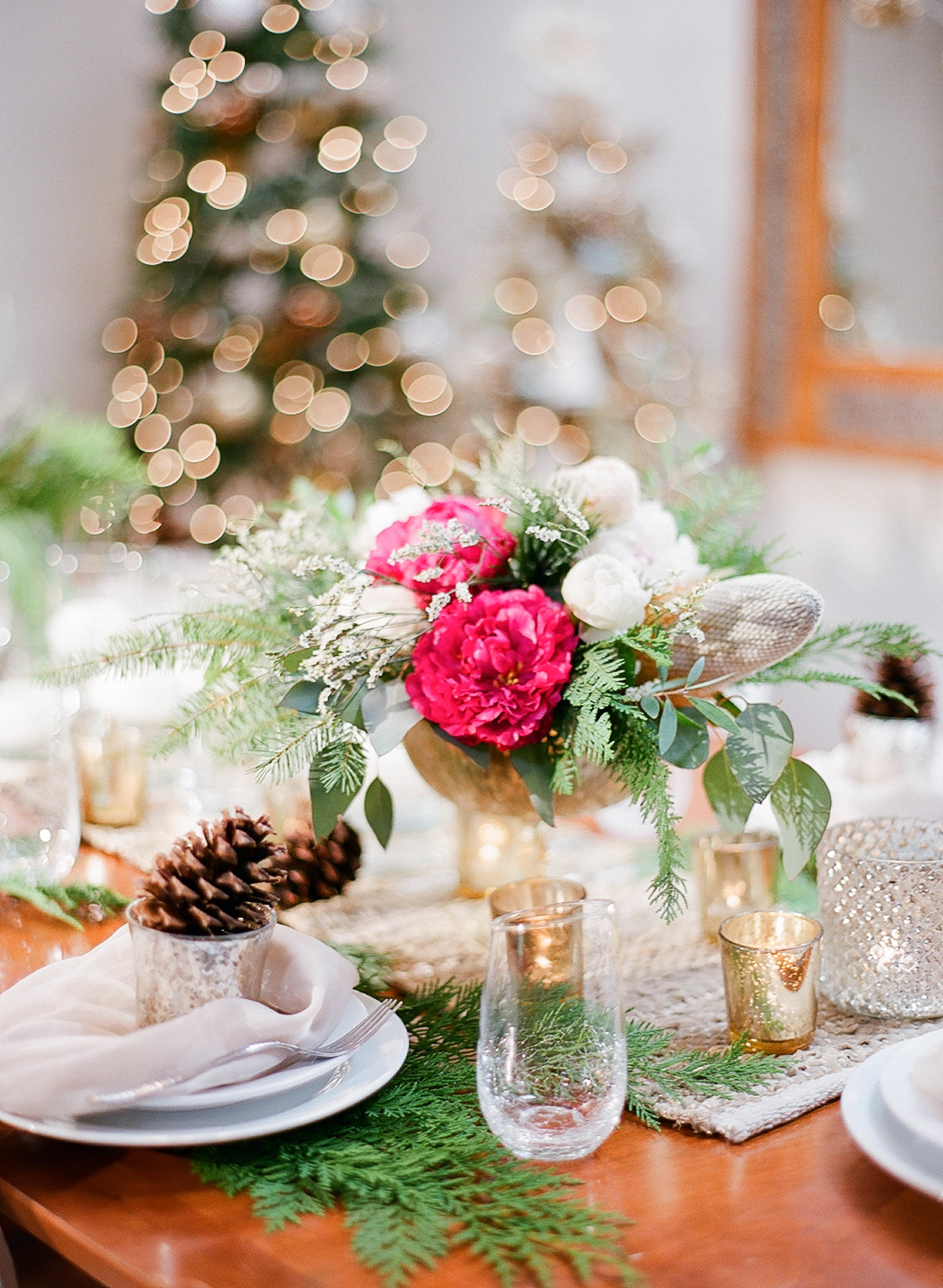 PassionRootsChristmasTablescape|AshleyGoodwinPhotography-2.jpg