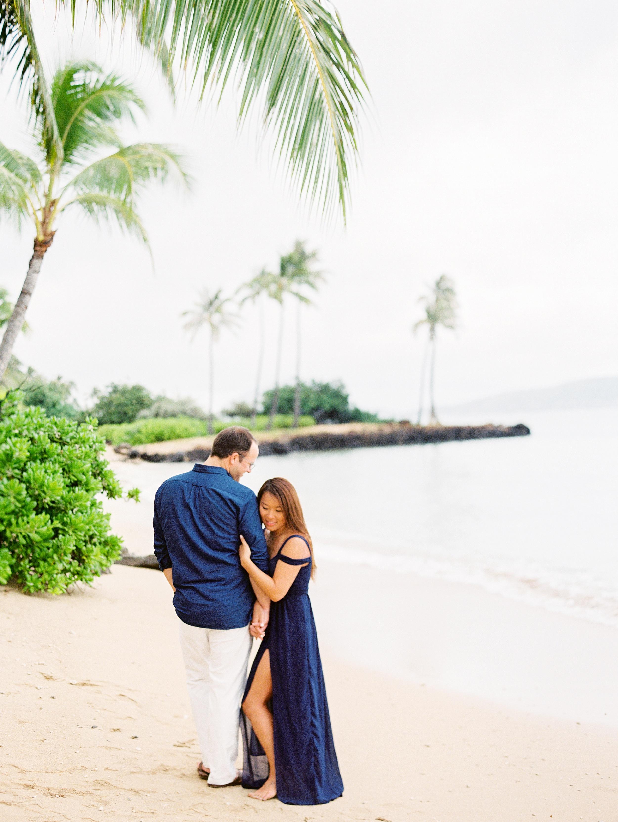 Kahala Waialea Beach Hawaii Engagement Photo_0001.jpg