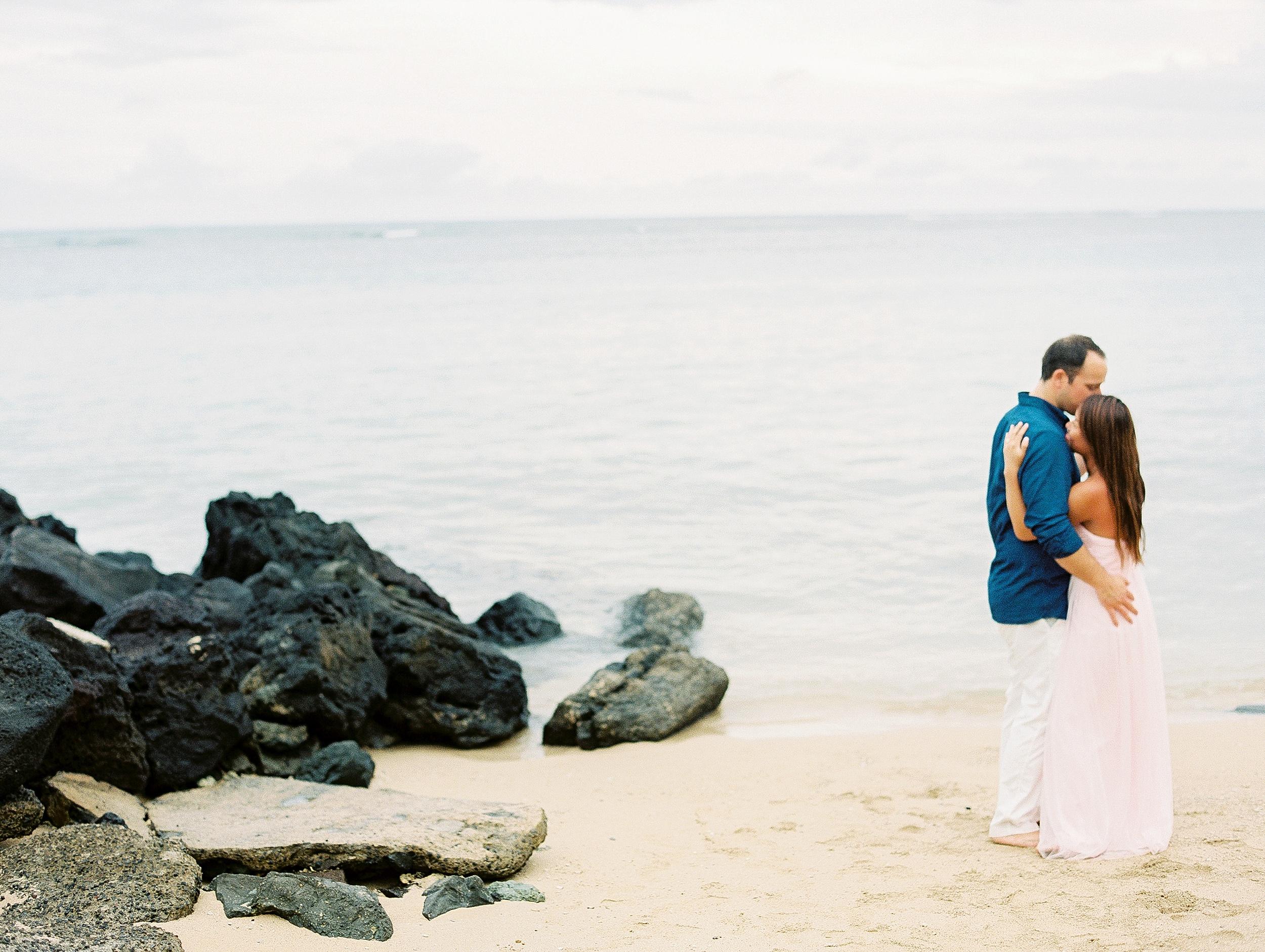 Kahala Waialea Beach Hawaii Engagement Photo_0009.jpg